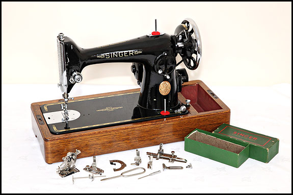 The Singer 40K Which Is Which Oldsingersewingmachineblog Impressive Singer Sewing Machine Model 201 Value