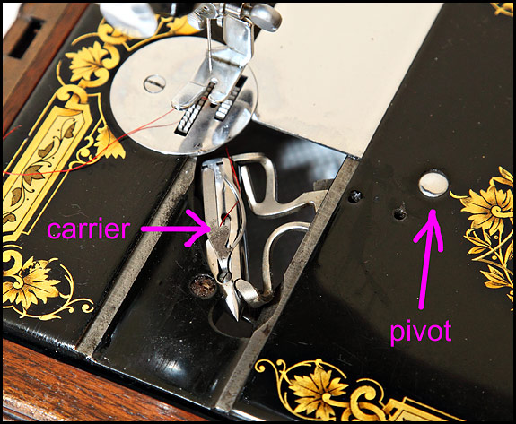 Picture of Vibrating Shuttle of Singer 28K sewing machine