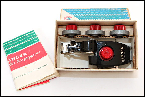 Picture of Singer Automatic Zigzagger 161157 with cams in box