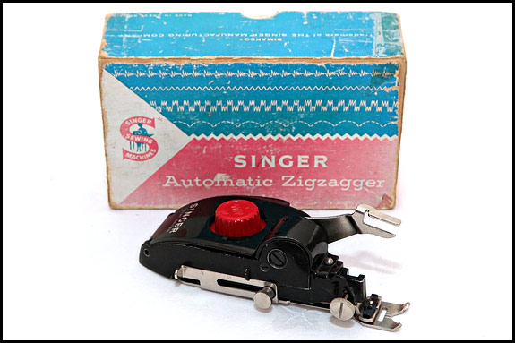 Different picture of Singer Automatic Zigzagger 161157