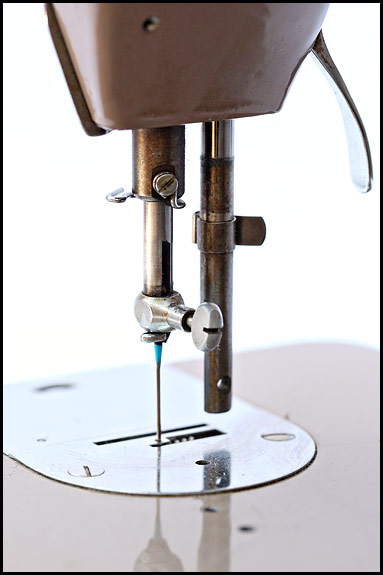 Picture of Singer 201K Mk2 needle bar and clamp