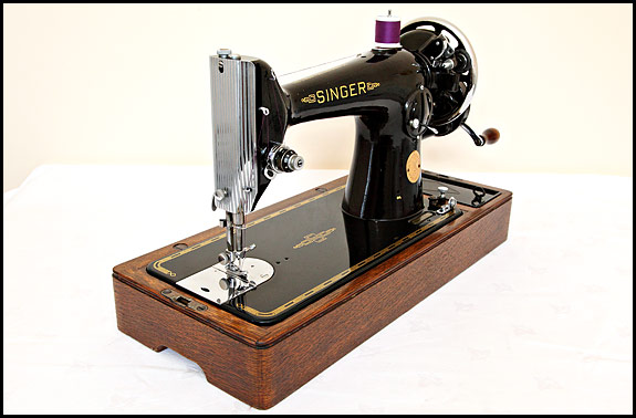 Picture of 1949 Singer 201K sewing machine