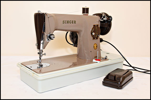 Picture of Singer 201K23 sewing machine
