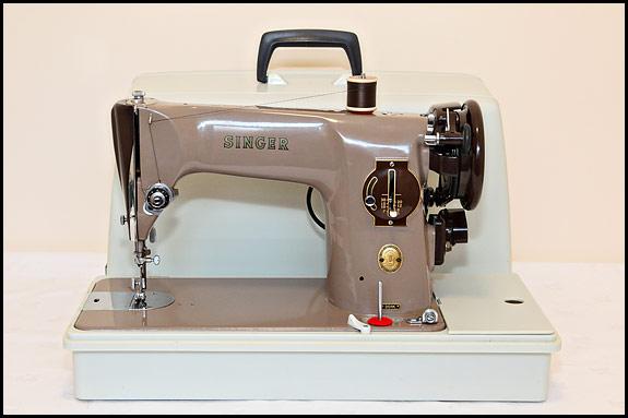 Singer 40K Mk40 For Sale Oldsingersewingmachineblog Custom Singer Sewing Machine Model 201 Value