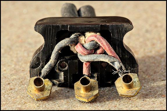 Portable sewing machines oldsingersewingmachineblog for Singer sewing machine motor controller