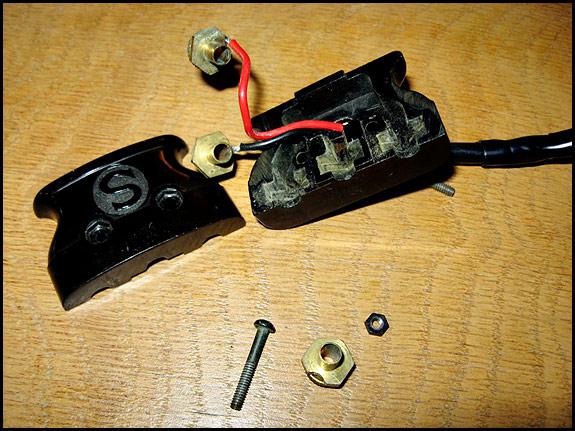 Copy of vintage Singer motor lead connector