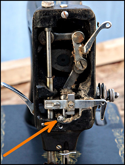 Image Result For How To Change The Needle On A Singer Sewing Machine