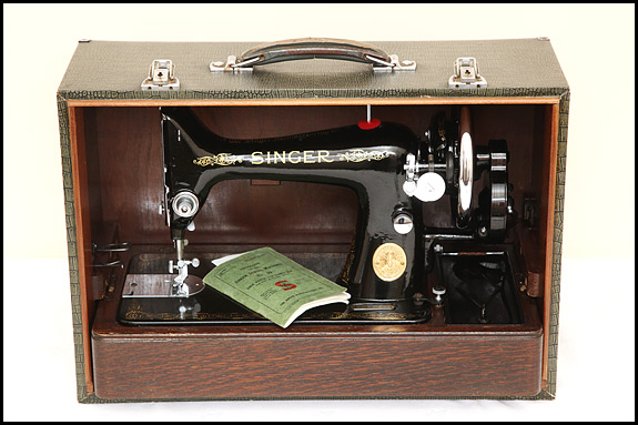 Singer 40 And Singer 40 Oldsingersewingmachineblog Fascinating Singer Electric Sewing Machine 66 18 Value