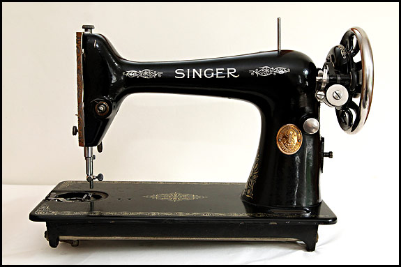 The Singer 40K And The Singer 40K How To Tell Them Apart Best The Singer Manufacturing Co Sewing Machine Ebay